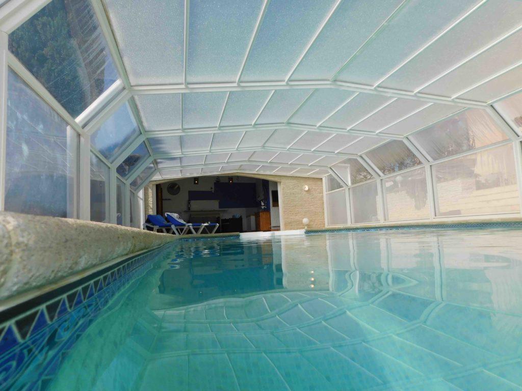 piscine chauffé couverte
