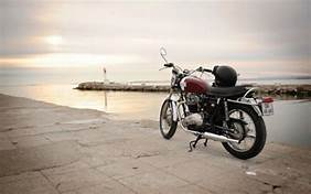 moto-grau-du-roi